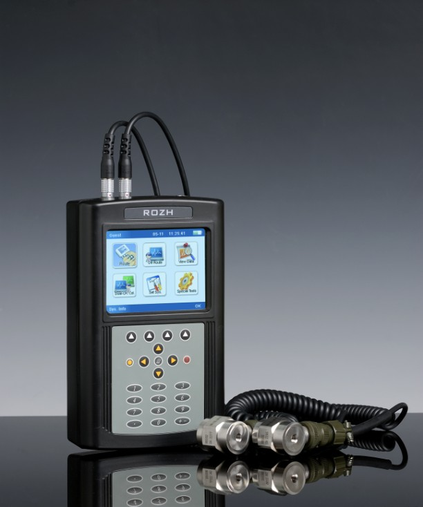 Portable Vibration Analyser Model RH 802